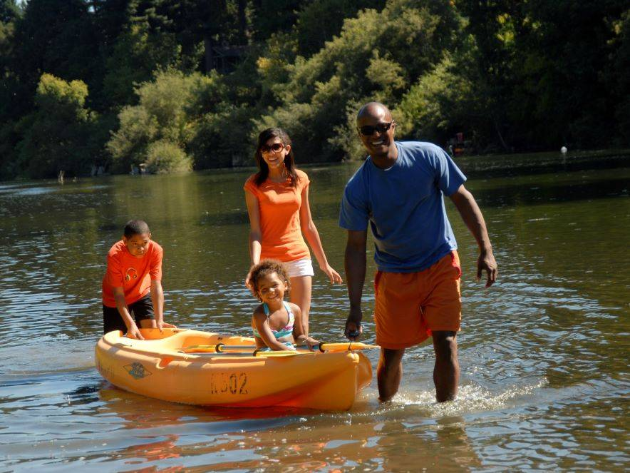 Family kayaking on the Russian River