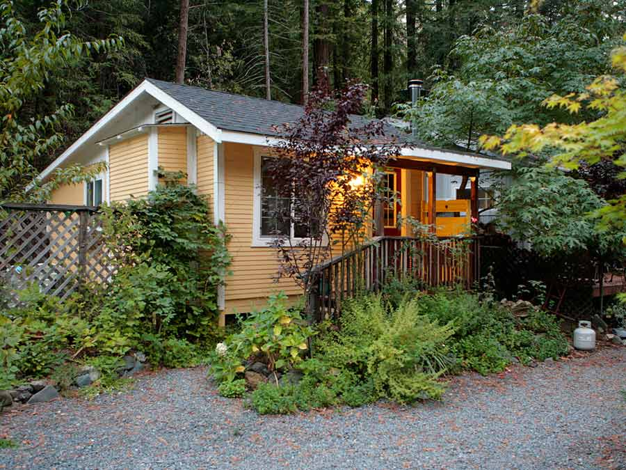 Surrounded by redwoods the Raymond's Bakery B&B at Elim Grove is in Cazadero, Sonoma County