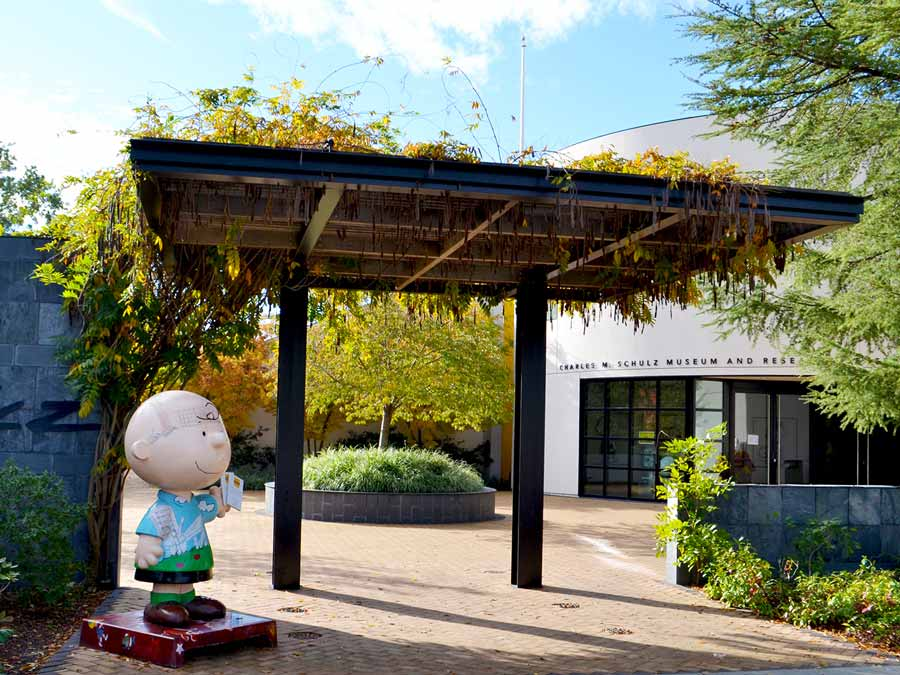 A statue of Charlie Brown at the entrance to the Charles M. Schulz Museum, Santa Rosa