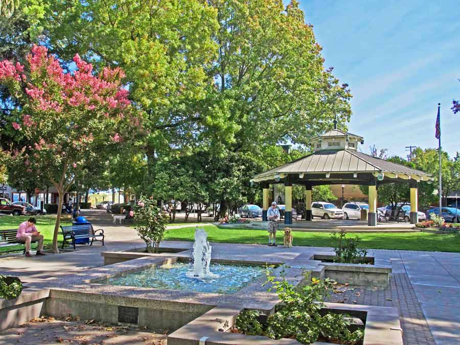 The plaza in Healdsburg, Sonoma County