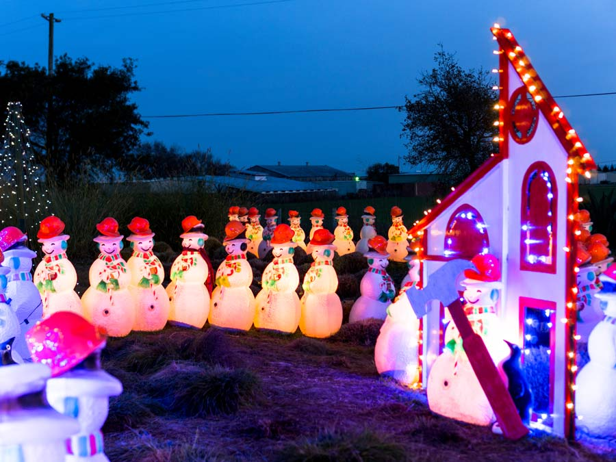 78f4ad089af Join in festive spirit with lighted snowmen at Cornerstone Sonoma