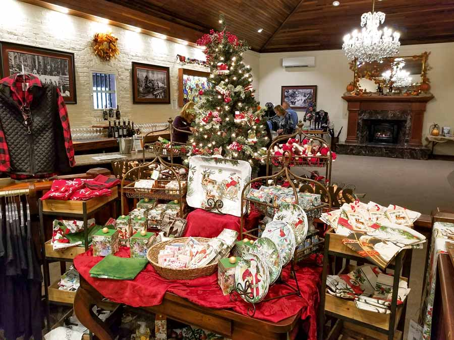 Christmas In Sonoma 2019 Best Holiday Events in Sonoma Wine Country | SonomaCounty.com