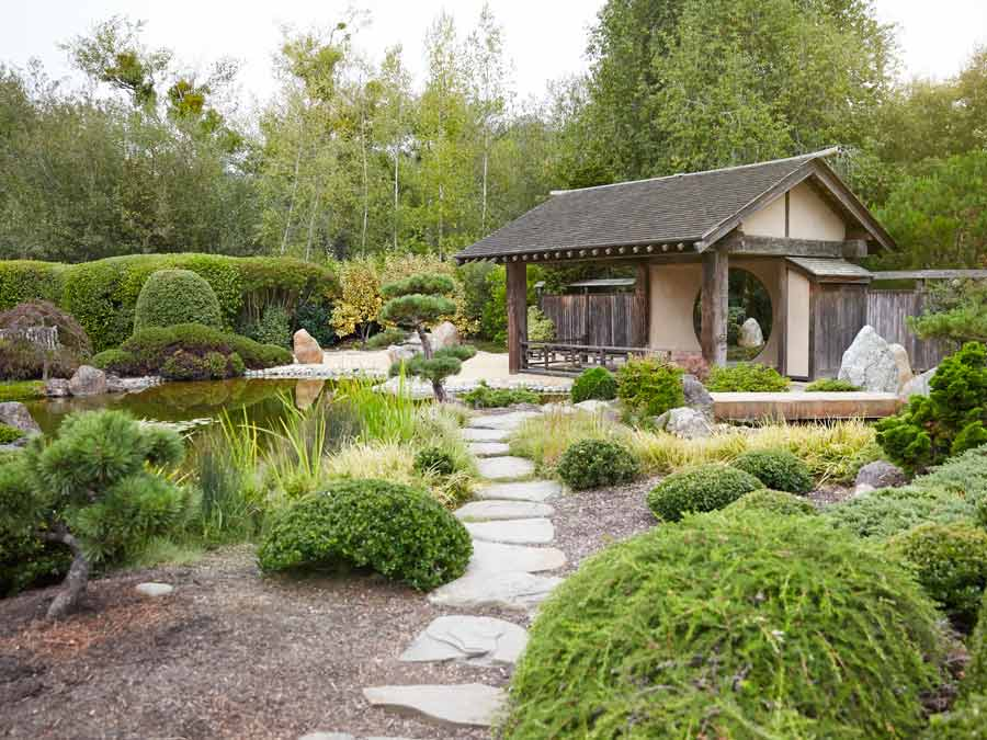 The Japanese gardens at Osmosis Day Spa Sanctuary, Freestone