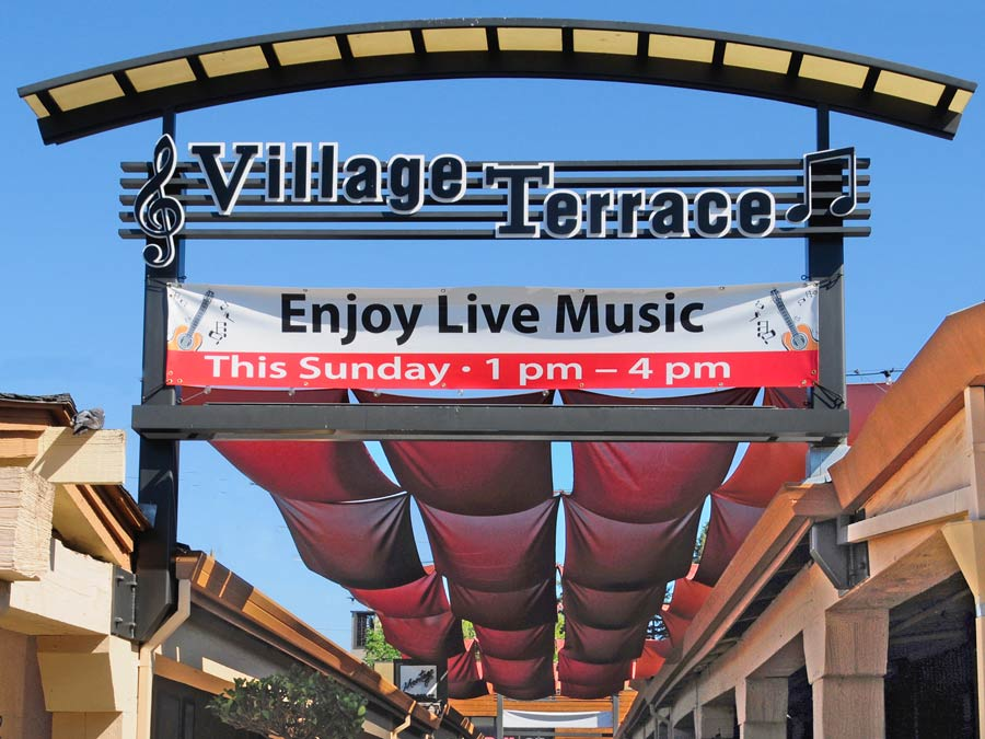 A sign for live music on Sunday at Montgomery Village Shopping Center, Santa Rosa