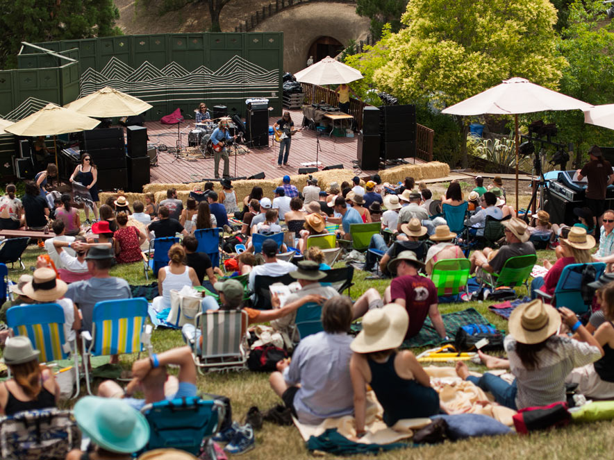 music festival at Gunlach Bunshu WInery in Sonoma