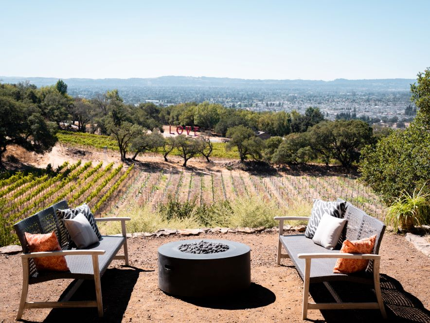 Picture of the patio of Paradise Ridge overlooking their vineyards