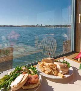 tides restaurant bodega bay