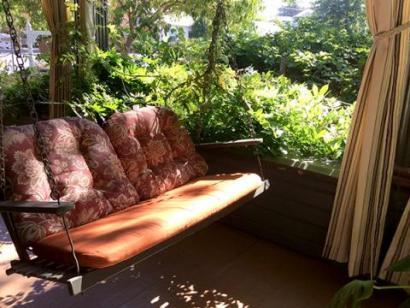 kelley & young wine garden inn porch in cloverdale sonoma county