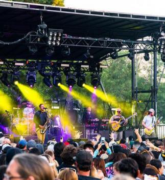 somo village somo concert series rohnert park california