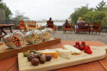 gundlack bundshu winery healdsburg sonoma county picnic