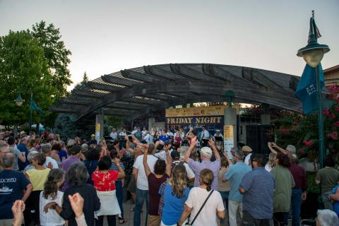 cloverdale friday night live at the plaza sonoma count music