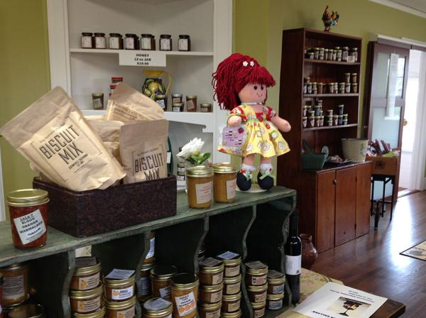 Taste sonoma county at lala s jam bar urban farmstand for Food bar petaluma