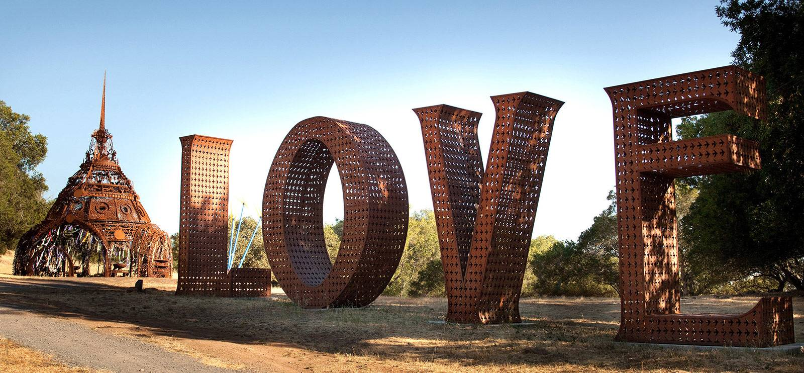 paradise ridge winery love sign northern california fires sonoma county