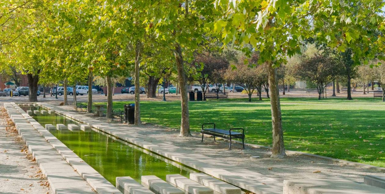 Stroll along the Town Green in Windsor, California