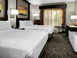 accommodations_Holiday_Inn_Windsor_Wine_Country_Sonoma_County_0100-de7d15ab5056a36_de7d17da-5056-a36a-078f6dea6813ade6.jpg