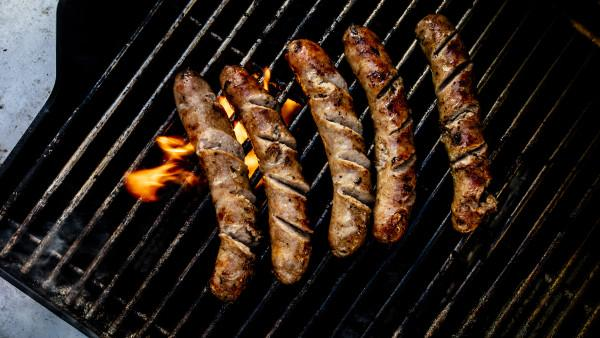BROT brats on the grill Photo 9