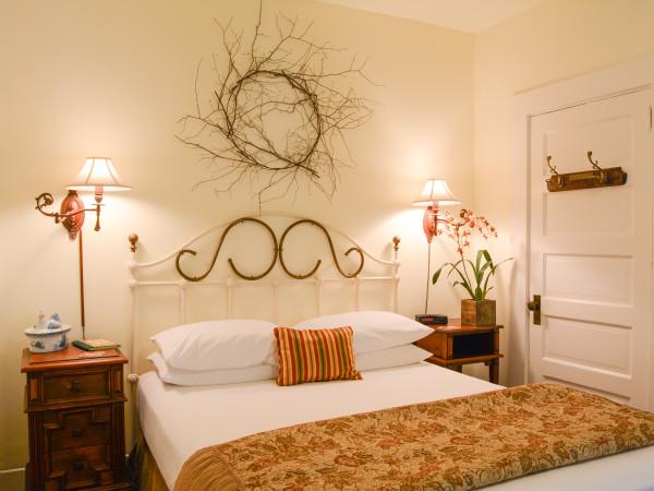 The Laurel Room at Sonoma Orchid Inn Photo 7