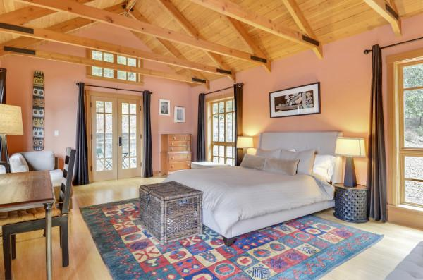 One of the Pool House Bedrooms at Beautiful Black Mountain! Photo 9