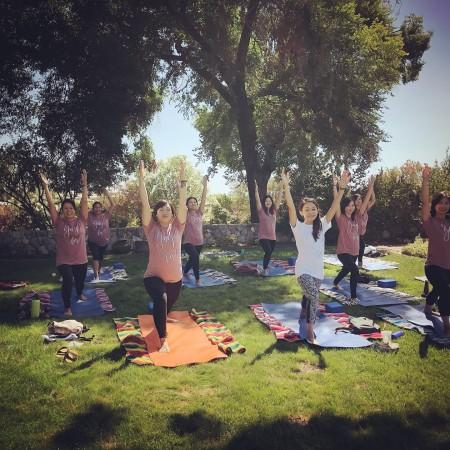 Private Yoga at Harvest Moon Winery Photo 7