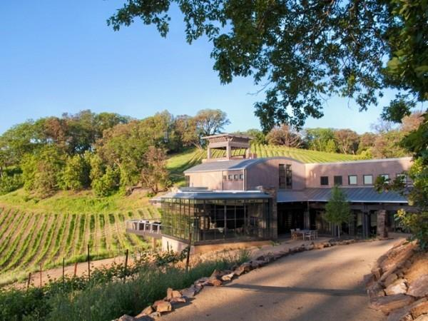 D.H. Gustafson Family Vineyards - The Estate Residence, available as a Vacation Rental Photo 4