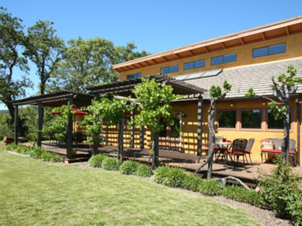 Cecilia's Vineyard Villa Photo