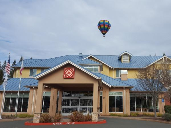 Hilton Garden Inn - Sonoma County Airport Photo 2