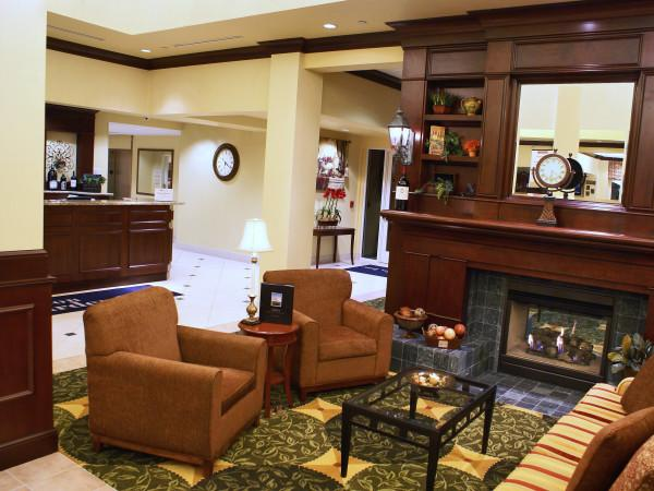 Lobby of Hilton Garden Inn - Sonoma County Airport Photo 3