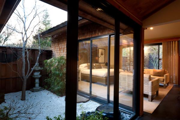 Gaige House + Ryokan, room and patio Photo