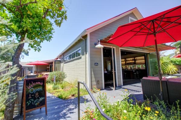Welcome to the Lake Sonoma and Valley of the Moon Tasting Room Photo