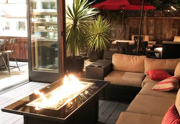 Enjoy our patio firepits in the evening Photo 11