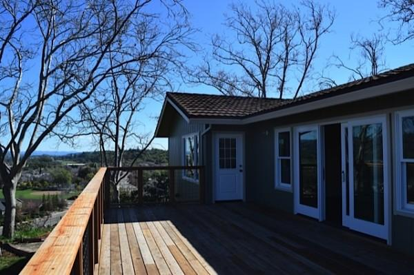 Ranch House Back Deck Photo 4