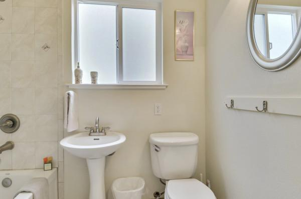Bathroom in Suite, Culture Blend Photo 19