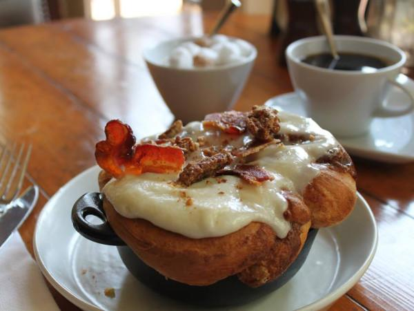 River Vine Café - Cinnamon Roll with Whiskey Bacon and Pecans Photo 4