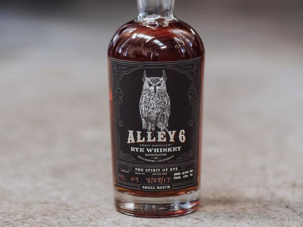 Alley 6 Craft Distillery Photo 4