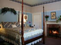 The Blueberry Room at the Raford Inn Photo 2