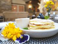 River Vine Café - Lemon Ricotta Pancakes with Blueberry Photo 6