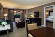 Parlor Suite Photo 11