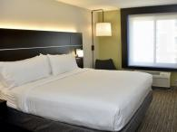 Holiday Inn Express Windsor Photo 2
