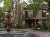 Vintners Inn - the fountain Photo