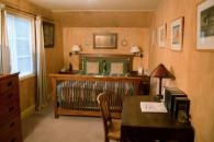 Creekside Inn & Resort-beige room Photo 3