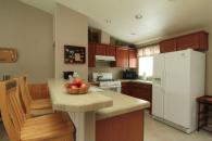 Another kitchen in the Sparrow Suite Photo 5