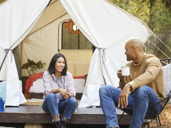 2 people in glamping tent