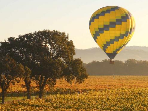 Hot air ballooning is a top Wine Country activity in Sonoma County