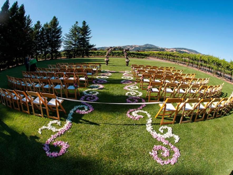 5 Winery Venues That Can Accommodate 200 Guests